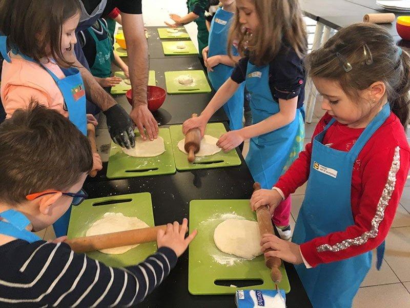 Atelier bucatarie pentru copii